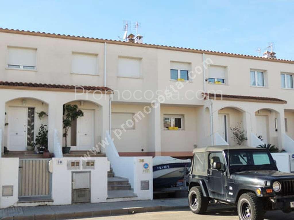L 39 escala muntanua del pastor maison avec 4 chambres for Maison 4 chambres