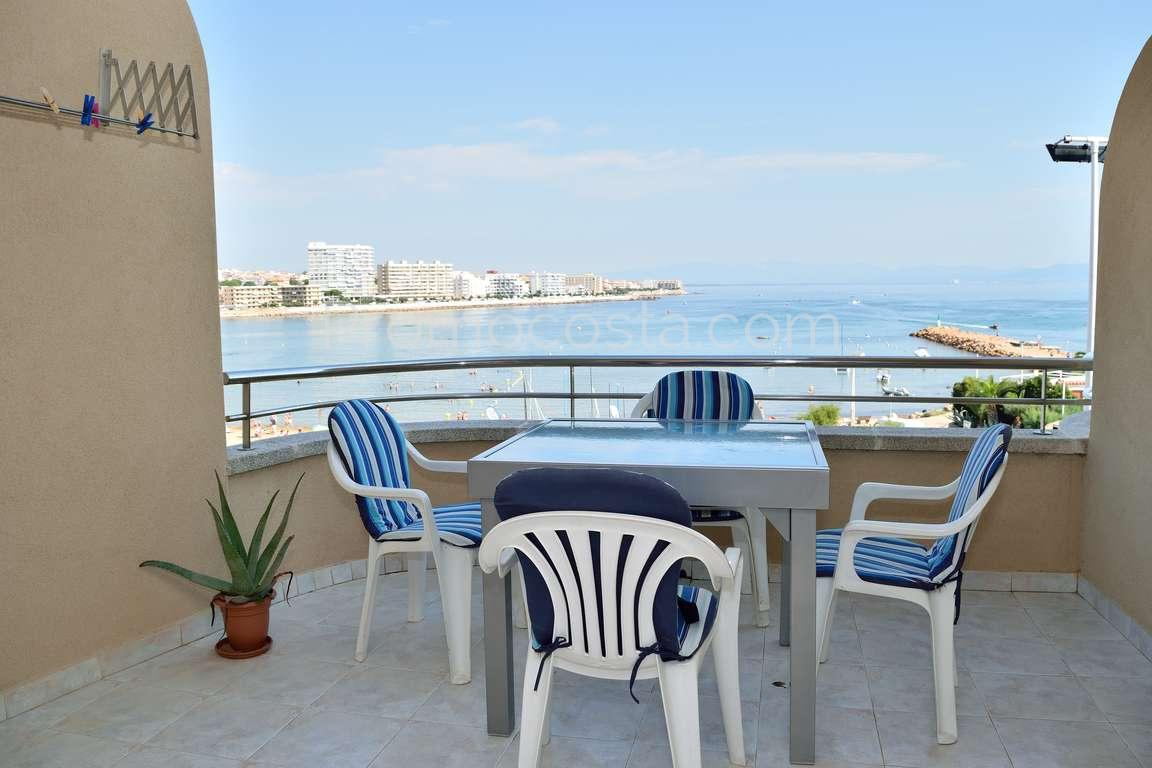 L 39 escala apartment situated on the 1st line of the sea Second hand swimming pools for sale