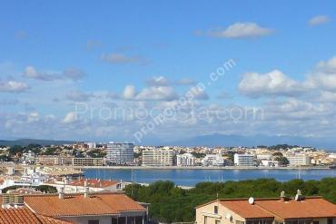 L'Escala - Apartment with sea view and 3 bedrooms