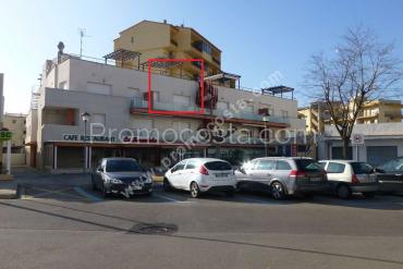 L'Escala - Apartment located at  100m from the Riells beach