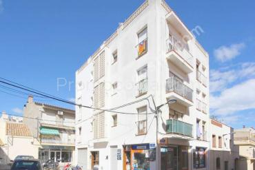 L'Escala - Apartment in the Old Town 350m from the beach