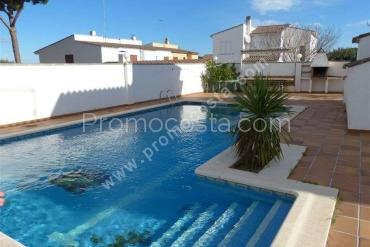 L'Escala - Renovated house with 5 bedrooms