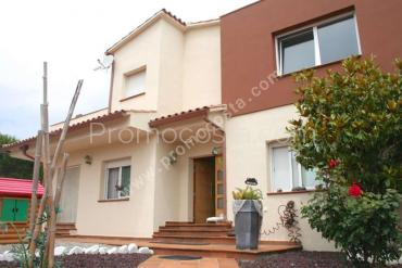 L'Escala - House located 500m from the beach Riells