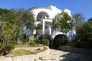 L'Escala - Montgó- Casa independiente con 5 habitaciones