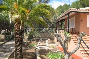 L'Escala - House with garden and private pool