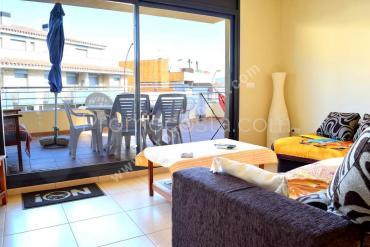 L'Escala - Recently built apartment