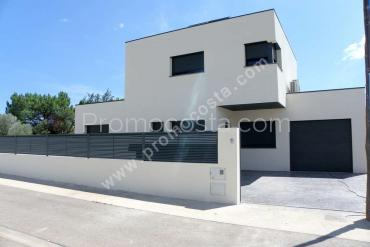 Roses - Casa nova amb 4 habitacions i piscina privada