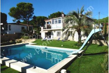 L'Escala - Nice house with heated pool and beautiful views