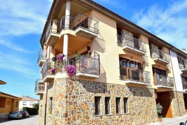 Bellcaire - Casa de nueva construcción con vistas a la montaña