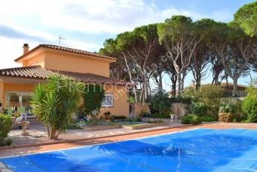 L'Escala - Nice house with garden and private pool