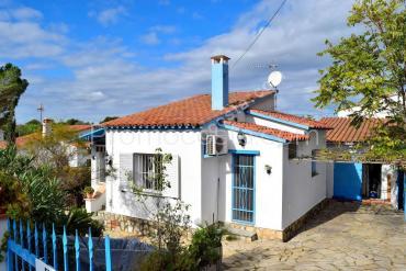 L'Escala - Casa independiente de planta baja con jardín