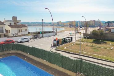 L'Escala - Piso con vista al mar y piscina