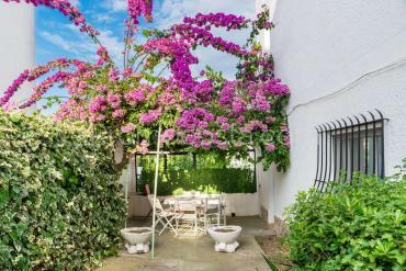L'Escala - Apartamento con patio cerca de la playa