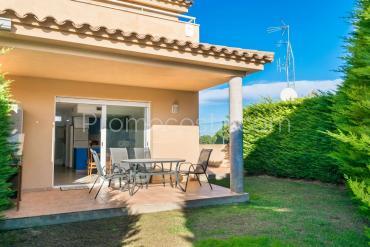 L'Escala - Casa con jardín y piscina