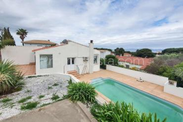 L'Escala - Casa con piscina y vista al mar