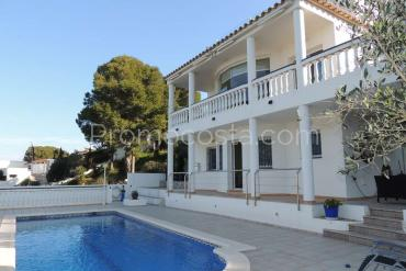 L'Escala - Nice house with sea views and private pool