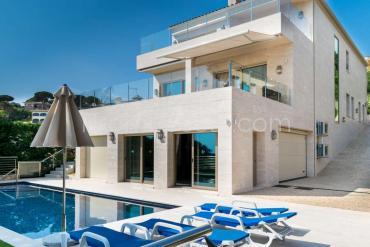 Calonge - Extraordinaria casa con vista al mar y piscina