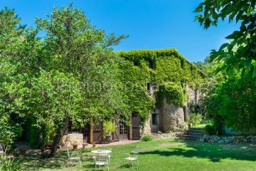 Serinya - Spectacular stone farmhouse with swimming pool and large private garden
