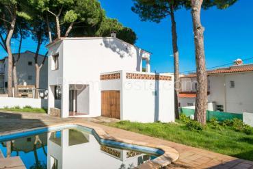 L'Escala - Maison avec piscine privée à 200m de la plage