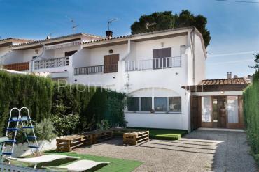 L'Escala - Casa con jardín cerca playa