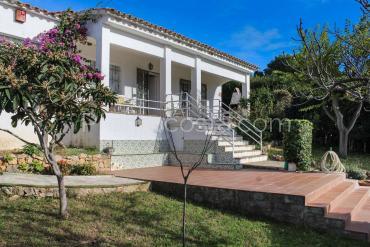 L'Escala - Casa con vistas bonitas y amplio jardín privado