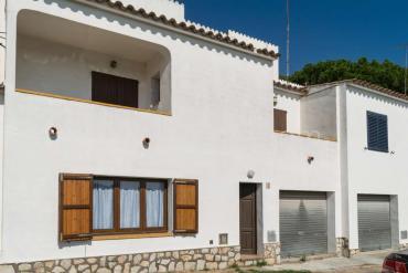 L'Escala - Casa con garaje privado en Ampurias