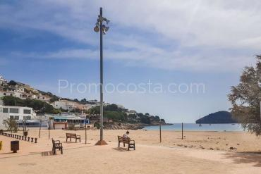 L'Escala - Urbanizable plot just 30m from the beach of Montgo