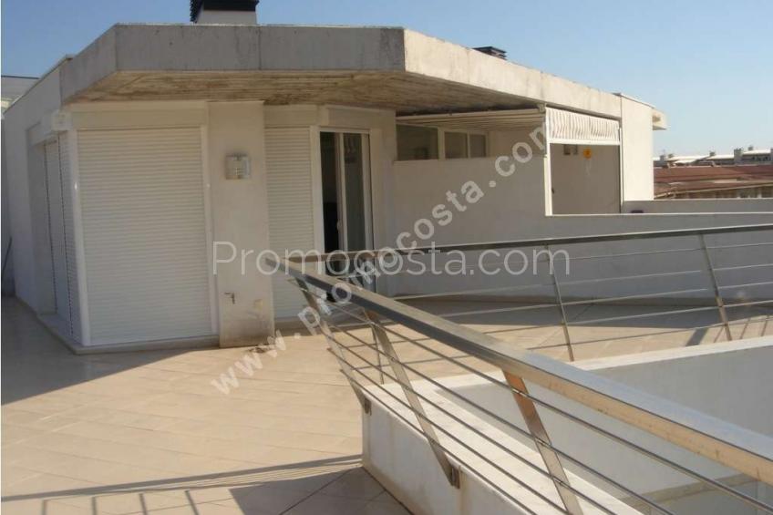 L'Escala,  Riells- Duplex  à 50m de la plage de Riells