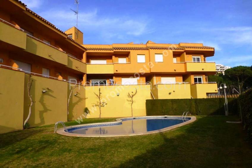 L'Escala, Agradable apartament a 100m de la platja de Montgó