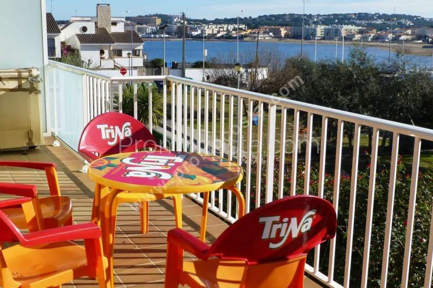 L'Escala, Apartament amb boniques vistes al mar