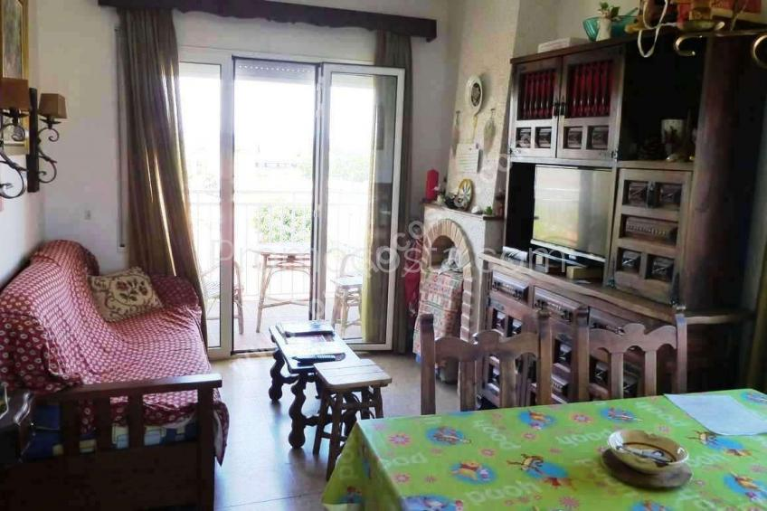 L'Escala, Apartment located just 500m from the Riells beach