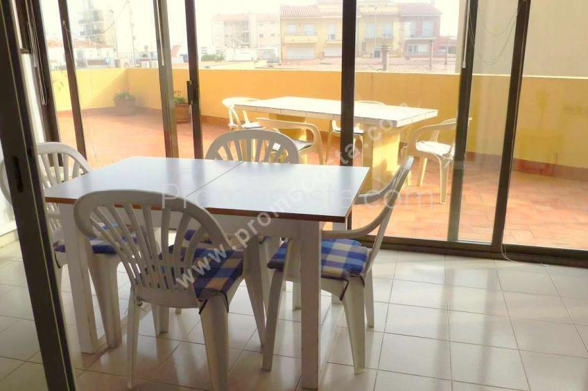 L'Escala, RIELLS- Acollidor apartament a 100m de la platja