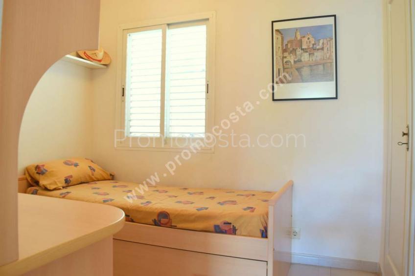 L'Escala, Bonito apartamento a 350m de la playa