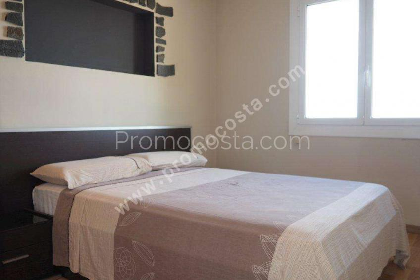 L'Escala, Renovated apartment with parking