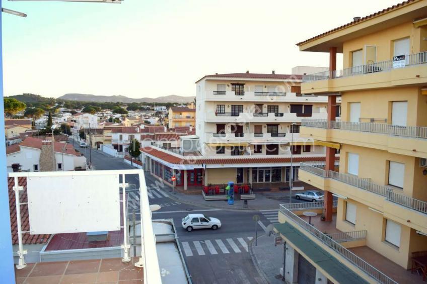 L'Escala, Avec vue sur la mer et piscine communautaire