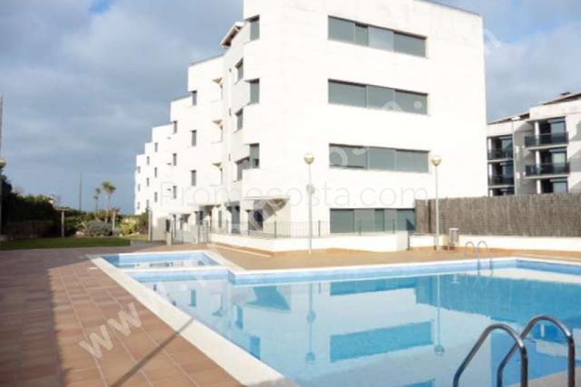 L'Escala, Rez de chaussée avec piscine communautaire