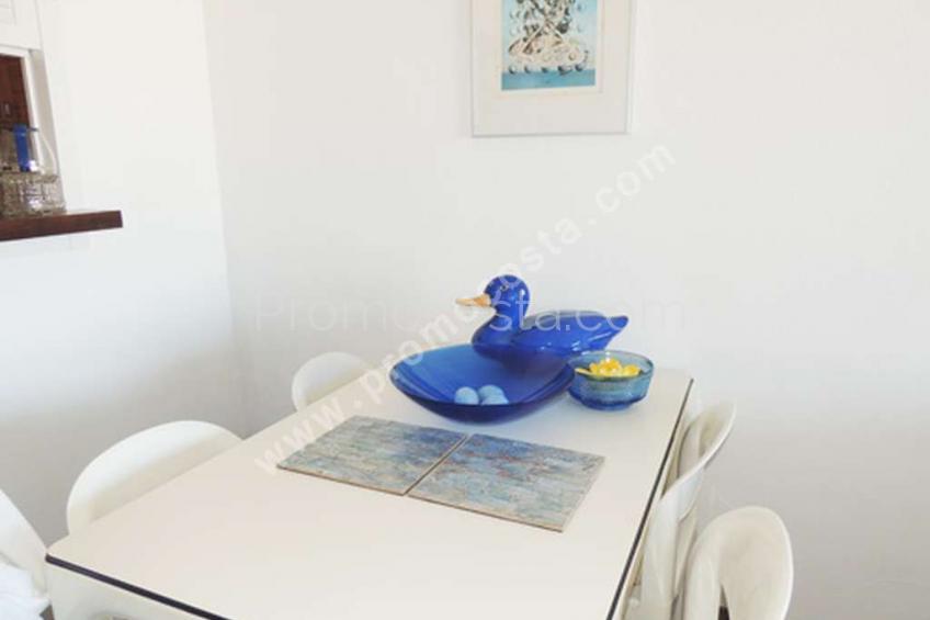 L'Escala, Apartamento en primera linea del mar