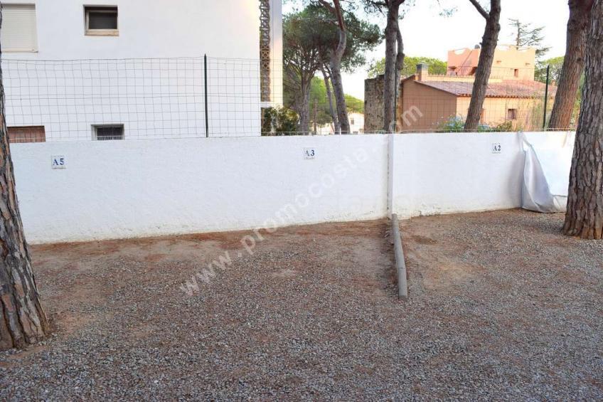 L'Escala,  Modern studio with pool near the beach