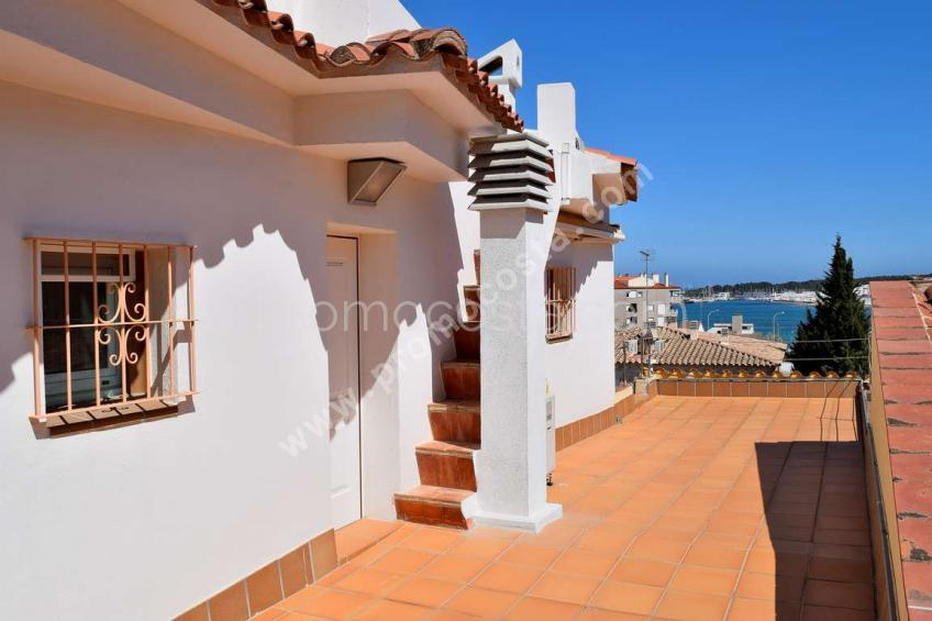 L'Escala, Great house with sea view