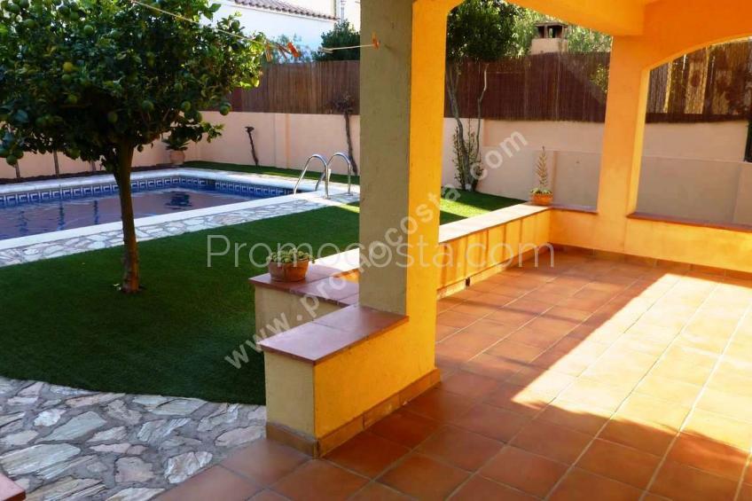 L'Escala, Casa independiente  con jardin y piscina privada