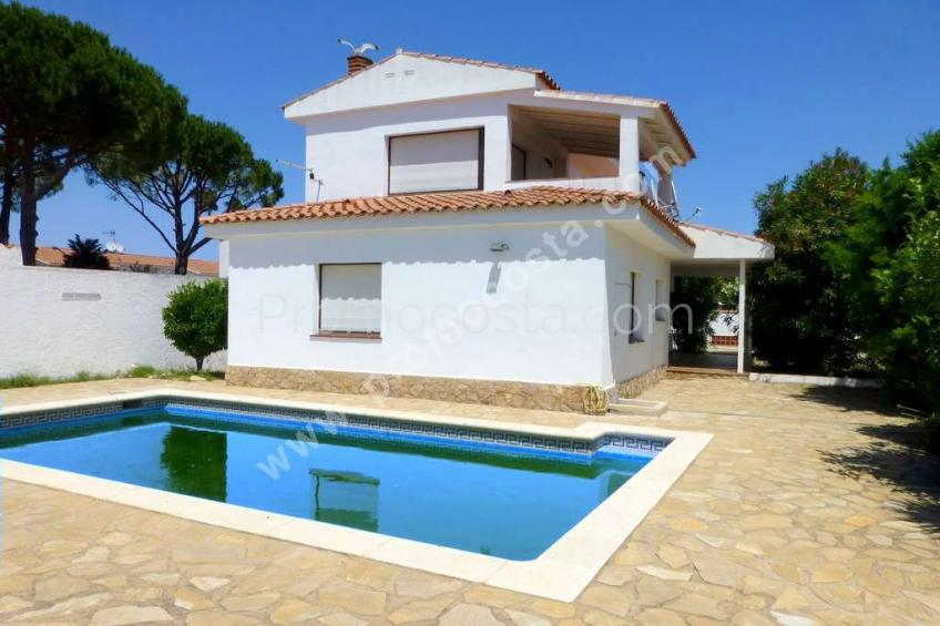 L'Escala, Riells de Dalt-House with garden and swimming pool