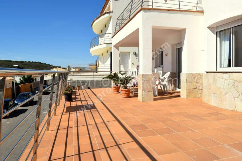 L'Escala, Montgó - Magnificent house with sea view