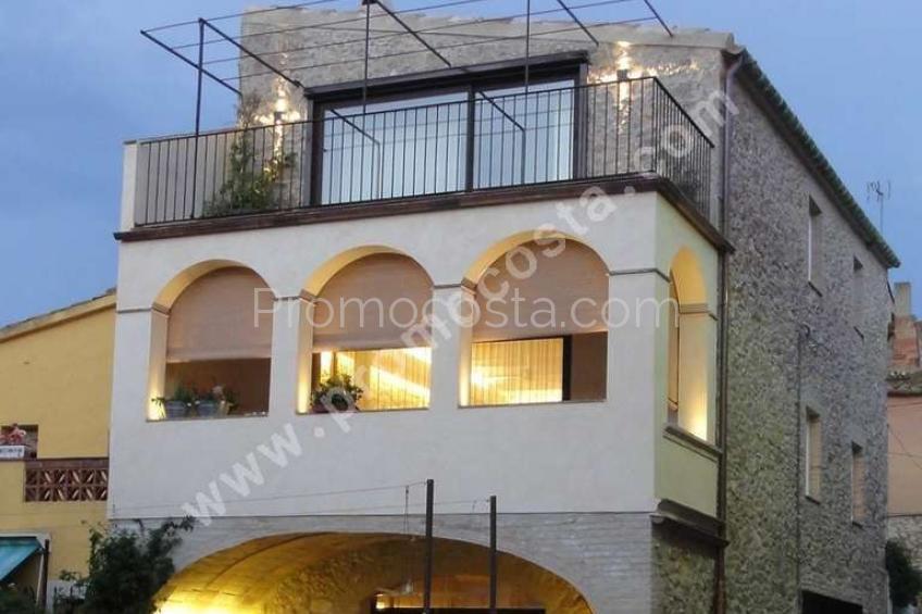 Albons, Bonica casa reformada situada a Albons