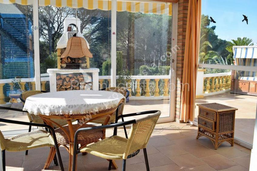 L'Escala, Maison avec jardin privé et piscine intérieure
