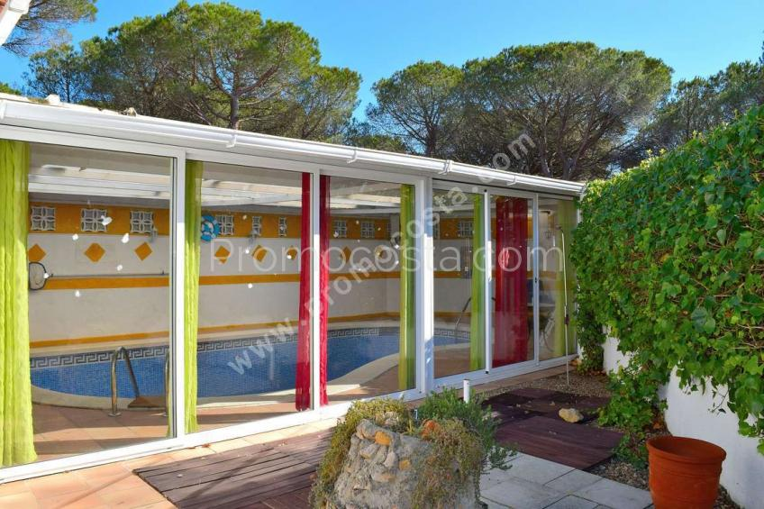 L'Escala, House with private garden and indoor pool