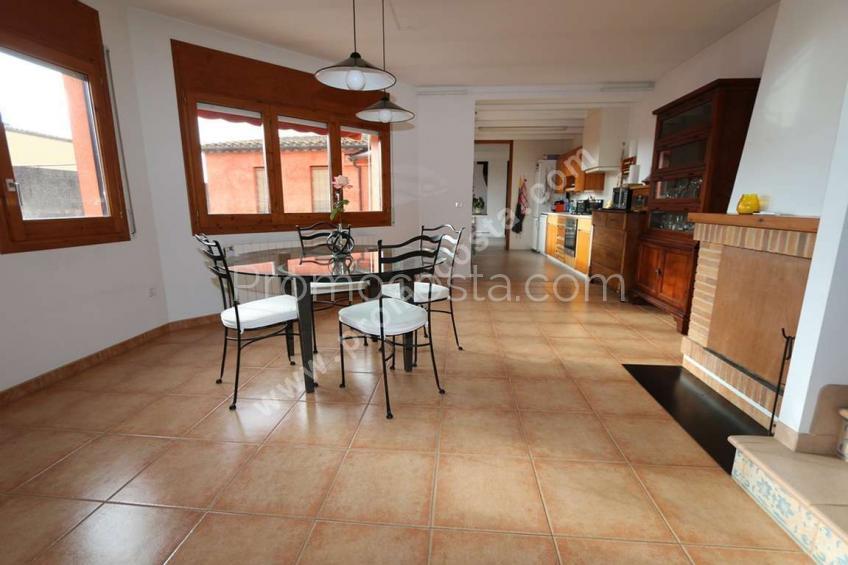Torroella De Montgrí, Casa con piscina privada y calefacion central