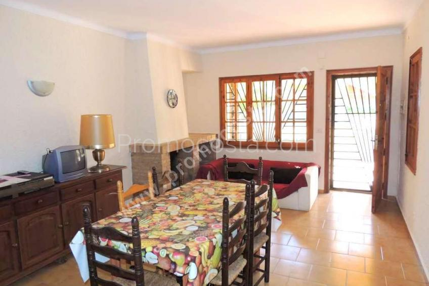 L'Escala, House located 10m from the beach of Riells