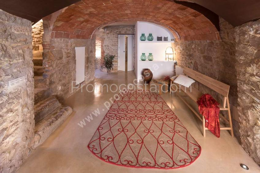 Palau-Sator, Stunning rustic house completely renovated
