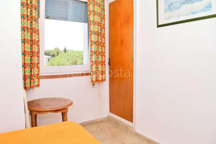 L'Escala, Spacious apartment with nice views