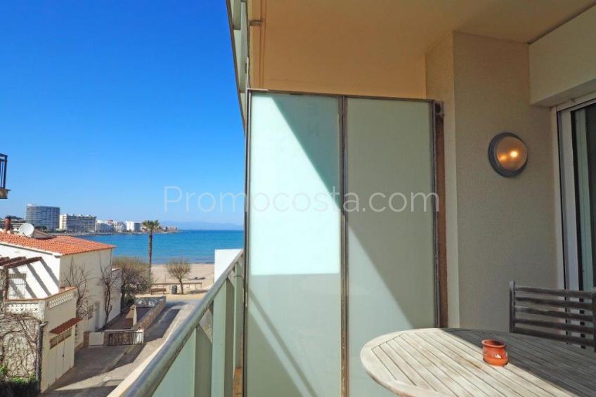 L'Escala, Apartamento en primera línea del mar y con vistas al mar